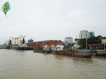 A section of Dalah port, Rangoon, Burma. Photo: Nay Lin Aung / Mizzima