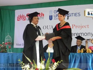 A Karen student, Saw Nay Htoo, was offered with Post-graduate Certificate in Public Health, by OUA in ceremony in Mae Sot